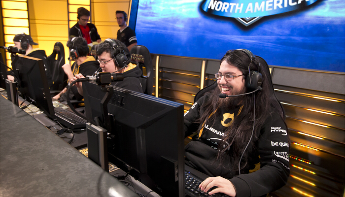 Letters for the Future Fan – Team Dignitas
